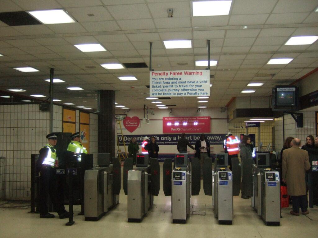 ticket barriers penalty fare warning